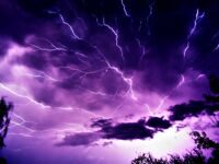 The-best-top-desktop-lightning-wallpapers-lightning-wallpaper-4